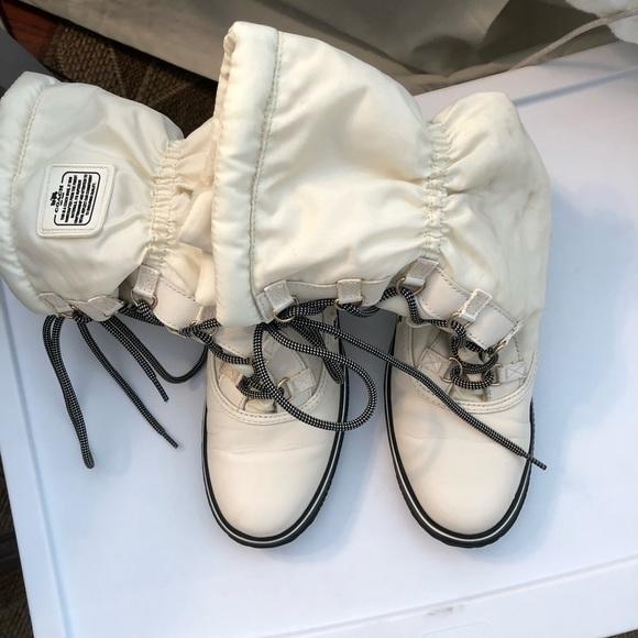 Coach Sage Nylon Aniline Chalk Winter Boot size 7